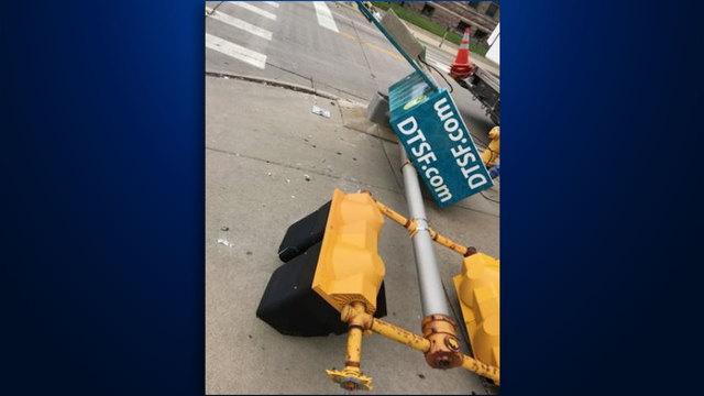 Stop Lights Down At 6th Street And Main Avenue