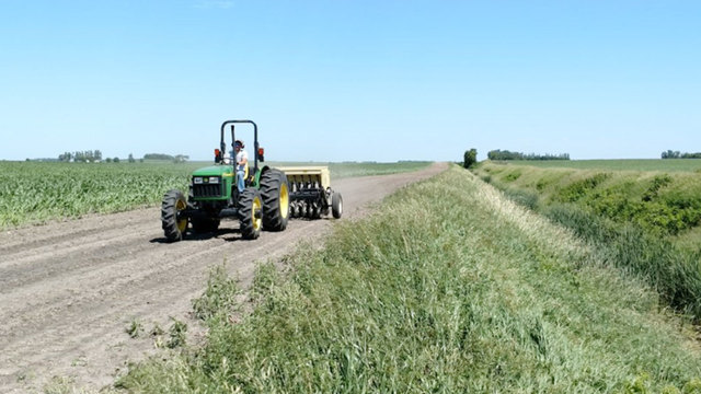 Should South Dakota Farmers Be Forced To Improve Pollution Control Methods?