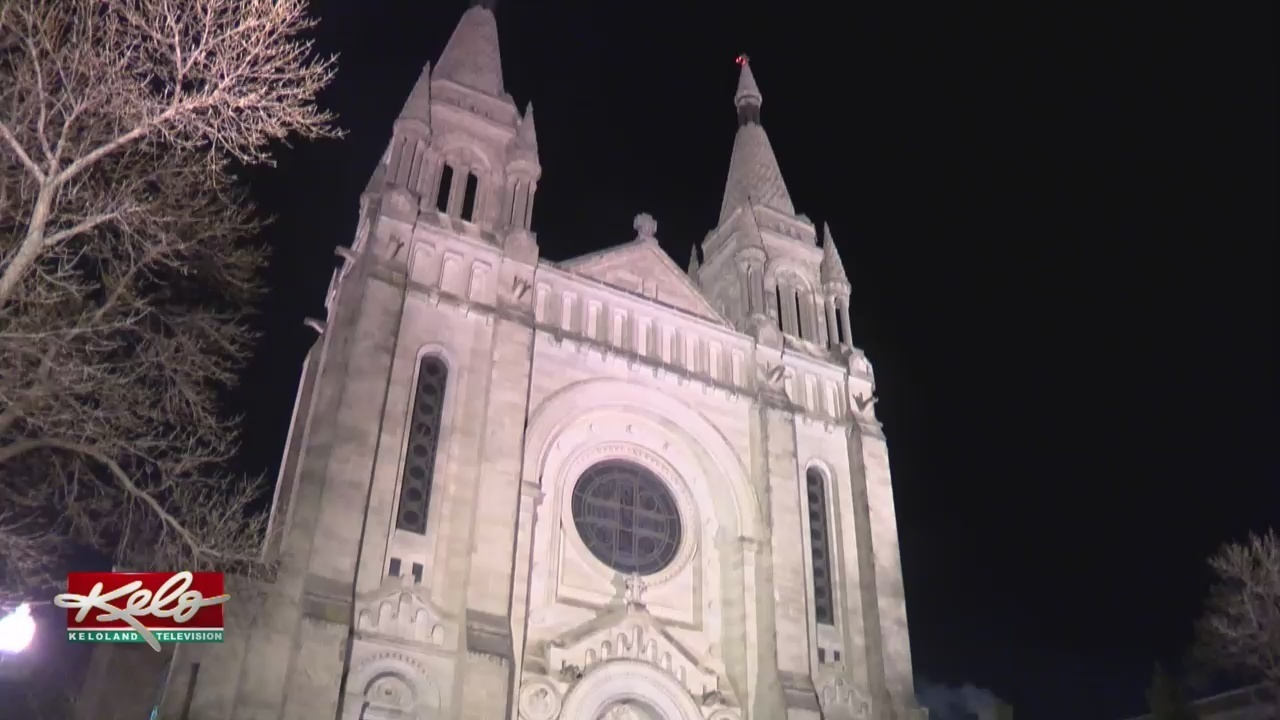 Keloland Auto Mall >> A Season For Everyone: Taking In Christmas At The Cathedral